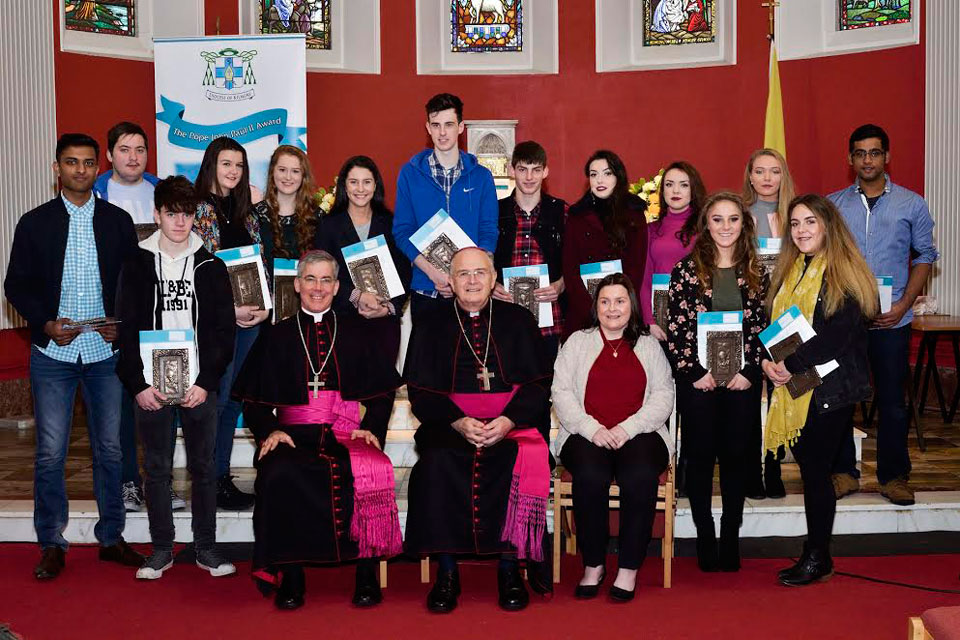 Apostolic Nuncio Archbishop Charles Brown and Bishop Leo O'Reilly of Kilmore with Pope John Paul II Award recipients